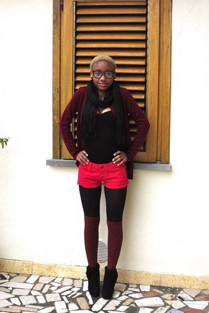 brick red H&M socks - black vintage boots - hot pink Zara shorts