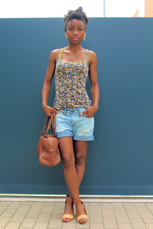 brown Coccinelle bag - light blue River Island shorts