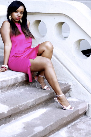 hot pink H&amp;M dress - silver Guess heels