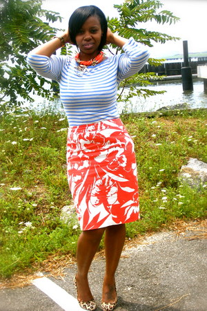 burnt orange ny & co skirt - sky blue Old Navy shirt - brown Bandolino pumps