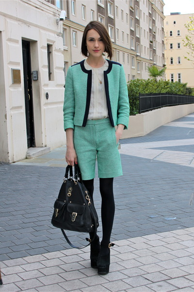Jaeger-london-jacket-mulberry-bag-jaeger-london-shorts-whistles-blouse_400