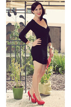 black Ebay dress - red clutch noname bag - red H&M pumps - silver H&M bracelet