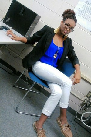 tawny shoes - black blazer - blue shirt - white pants