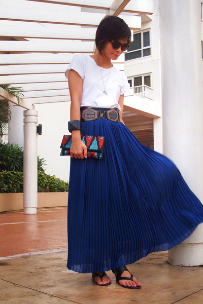 Primadonna skirt - Zara shirt - Forever 21 bag - Charles and Keith flats
