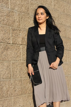 black H&amp;M blazer - black clutch Aldo bag - heather gray pleated maxi H&amp;M skirt