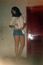 beige shirt - blue Forever 21 shorts - beige vintage accessories - beige vintage