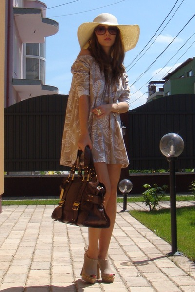 beige Mallanee shoes - beige custom made dress - beige Bershka hat