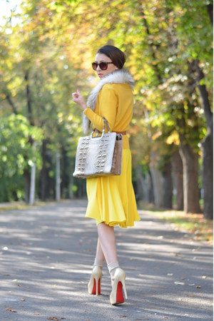 yellow designed by me dress - brown random brand bag - brown H&amp;M sunglasses
