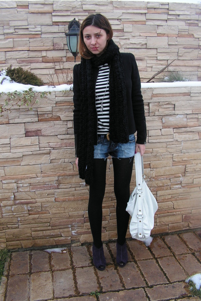 blue cutted jeans - white custom made top - black Zara jacket - black Bershka sc