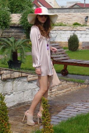 pink Zara dress - beige Mallanee shoes - beige Bershka hat