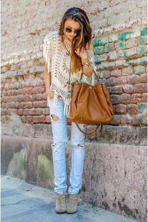 ivory crochet c&a top - beige Zara boots - sky blue Zara jeans