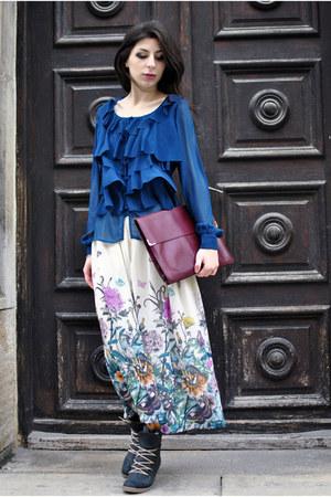 navy Tina R blouse - eggshell H&M skirt
