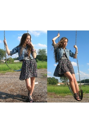 Gap jacket - vintage dress - Wanted shoes - vintage bracelet - vintage belt - fo