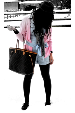 blue French Connection shorts - gray Forever 21 tights - black Mia shoes - silve