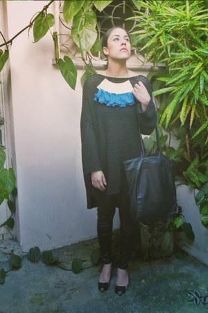 black oversized Zara sweater - black leather Pixie leggings