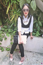 Black-forever-21-jeans-black-medium-bag-ivory-faux-fur-clutch-zara-top
