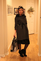 gray Ebay coat - black Ebay skirt - black payless boots - black Gap purse