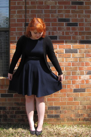 black belt - navy skater dress Forever21 dress - black Forever21 cardigan