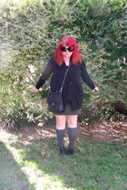 black sunglasses - gray socks - black Forever21 top - gray skirt