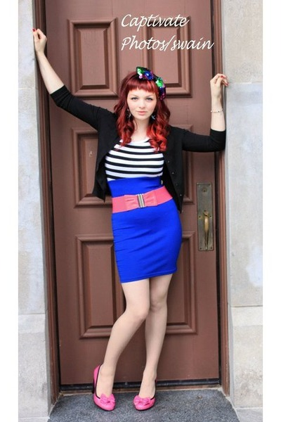 pink Betsey Johnson shoes - blue thrifted skirt - black thrfted t-shirt - black