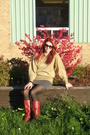 Red-boots-gray-sirens-skirt-gold-sweater-black-betsey-johnson-sunglasses-
