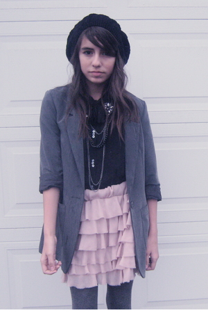 gray H&amp;M blazer - black Urban Outfitters blouse - pink Zara skirt - gray joes ti