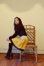 yellow pleated skirt Sugarlips skirt - black Local store shirt - black heels