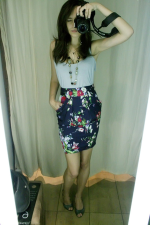 Newlook top - Topshop skirt - Terranova shoes