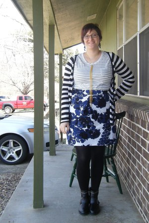 black Walmart tights - white JCPenney t-shirt - blue thrifted skirt