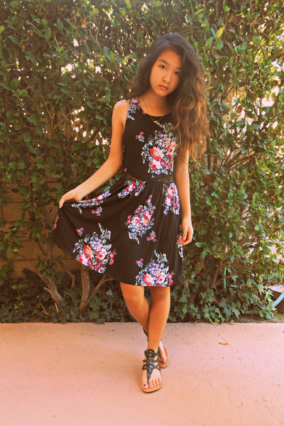 black floral Urban Outfitters dress