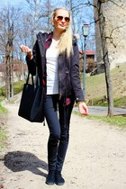 dark gray H&M jacket - black H&M bag - bronze Pull & Bear sunglasses