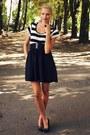 White-new-yorker-shirt-black-deichmann-heels-black-new-yorker-skirt