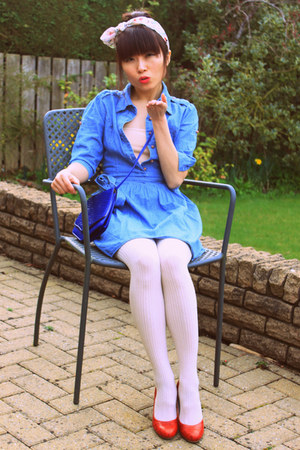sky blue denim vintage dress - ivory obsque tights Primark tights