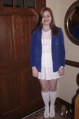 blue Claires necklace - blue Kasper blazer - white Arizona shirt - white skirt