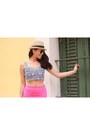Black-aviator-ray-ban-sunglasses-hot-pink-skort-zara-skirt