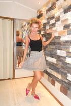 heather gray romantic skirt - black Zara top