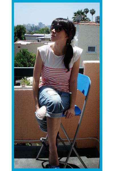 shoes - jeans - shirt - accessories