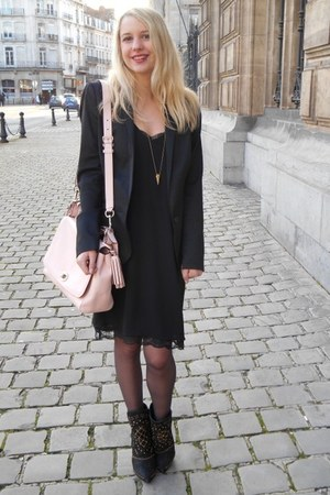 light pink leather bag coach bag - black Zara dress - black Naf Naf blazer