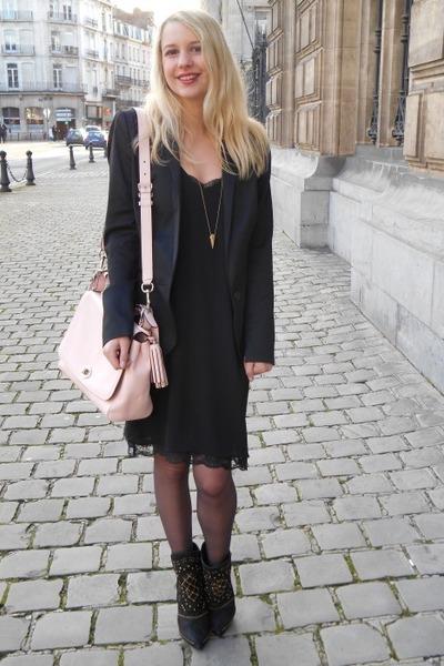 light pink leather bag coach bag - black Zara dress - black Naf Naf blazer