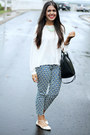 Black-zara-bag-off-white-forever-21-blouse-navy-pattern-forever-21-pants