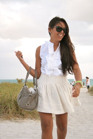 white Zara shirt - gray Aldo bag - black Ray Ban sunglasses