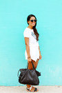 Black-zara-bag-white-envelope-zara-shorts