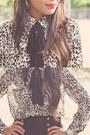 Beige-animal-print-forever-21-blouse-black-high-waisted-zara-pants