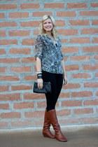 gray leopard kohls top - brown cognac Nordstrom boots - black Macys leggings