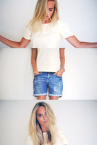 blue denim shorts Les temps des Cerises jeans - white See by Chloe top