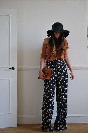 70s asos hat - wwwuniverso-chelaies bag - bird print River Island pants - coral
