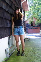 Sugarlips shirt - Levi 505s shorts - doc martens shoes - Urban Outfitters belt