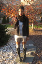 black Nordstrom boots - white Old Navy shirt - beige banana republic shorts - si