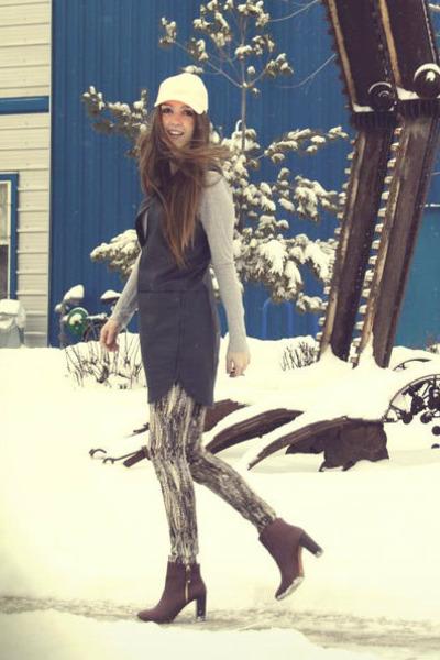 black leather Rebecca Taylor dress - crimson Zara boots