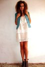 Peach-layerd-lace-h-m-dress-teal-silk-vintage-jacket-tan-miss-selfridge-heel